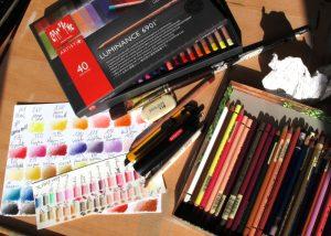 matériel dessin crayons de couleur
